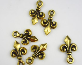 20 Gold Tierracast Small Fleur de Lis Charms
