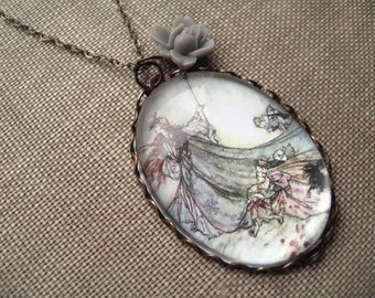 Titania with Her Fairies Necklace (arthur rackham. magnifying pendant. art book illustration. fairytale jewelry. whimsical jewellery)
