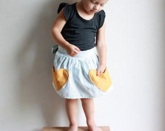 Lil' Mama half apron / PDF sewing pattern sizes 12 months to 7 years / Instant download