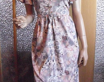 Mauve and Gray Floral Dress Size Medium