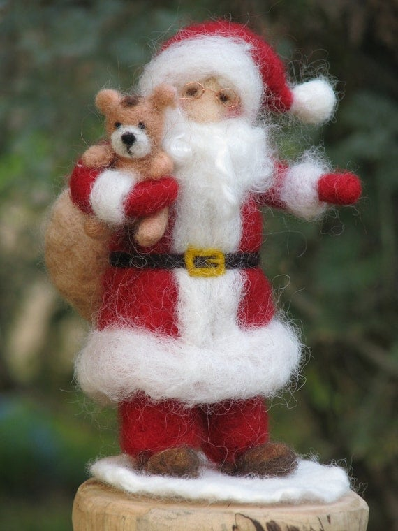 Needle felted Santa Claus, Waldorf inspired Christmas home decoration