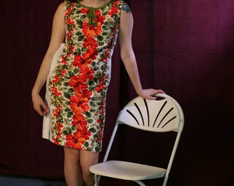 Vintage 60s Shift Dress // Hawaiian Print Dress in Polished Cotton, S