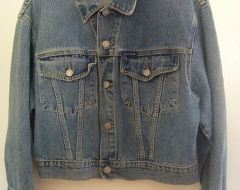Vintage 90's Guess Cropped Denim Jean Jacket