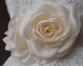 Bridal sash, Wedding floral sash, Cream waist sash, Satin ribbon belt, wedding dress belt for bride, bridesmaids, flower girl