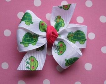 Turtle Pinwheel Bow--Girl Hair Bow--Green Turtles Hairbow-Baby Hair Bow