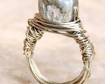 Grey Ring, Marble, Wire Wrapped   size 4.5