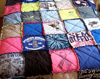 TShirt Quilt T-Shirt Memory Blanket Tee Quilt Custom Made From Your Own Tees Queen Size Coverlet Spread Graduation Gift Recycled Tee Quilt