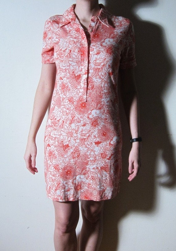 Swedish Tshirt Dress. Abstract Floral Print . Red . 1960s