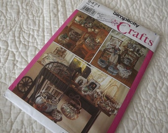 Simplicity Crafts 9471 Covered Baskets Boxes and Frames Pattern - Uncut