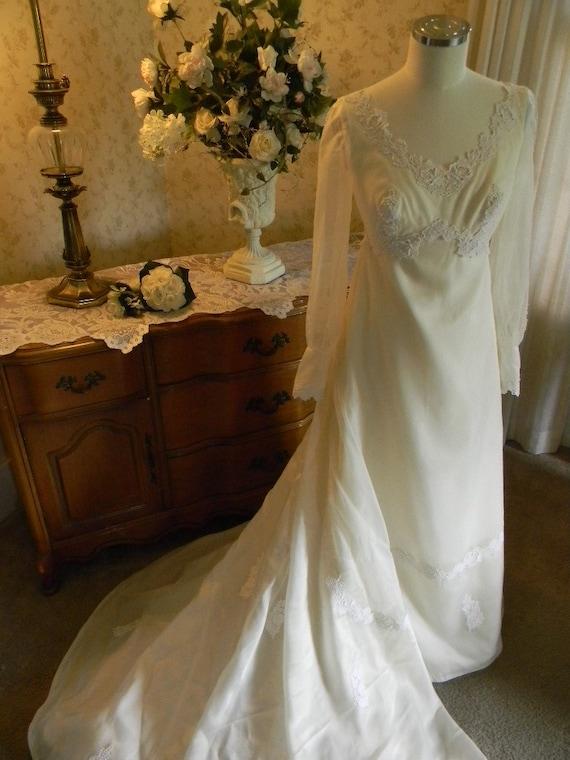 Vintage Wedding Dress William Cahill