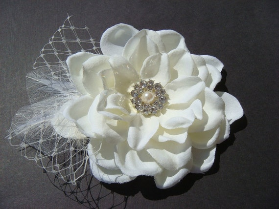 PRIORITY Bridal Ivory Hair Flower with rhinestone netting feathers pearl / Bridal ivory flower / Vintage glamour JOSEPHINE