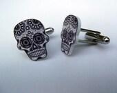 Dia de los Muertos cufflinks Sugar Skull cufflinks Day of the Dead cuff links black and white wedding