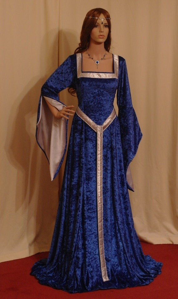 ELVEN DRESS, medieval dress, renaissance dress, medieval girdle belt, handfasting dress