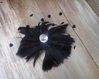 Cute  feather  applique with  rhinestone   black  color   1 piece listing.