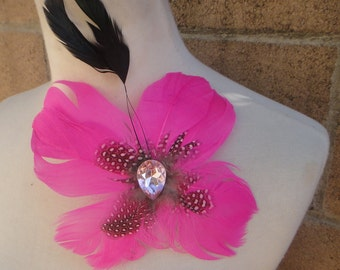 Cute  feather  clip pink   color  1 piece listing
