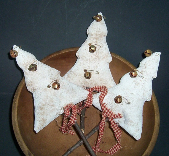 Primitive Folk Art White Christmas Tree Ornies-Bowl Fillers Set Of 3