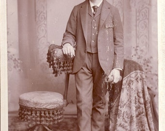 WESTERN GENTLEMAN in Hat and Suit Cabinet Photo Circa 1880s