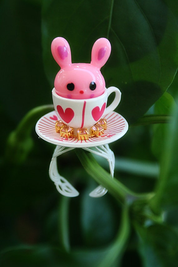 Alice in Wonderland Pink Rabbit teacup with rhinestones ring (LIMITED)