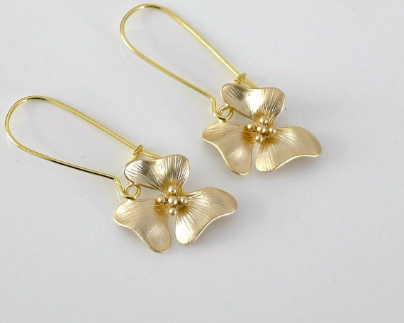 Flower earrings, dainty floral jewelry, Gold kidney dangle, delicate metal charm drop, everyday jewelry, wedding, by balance9