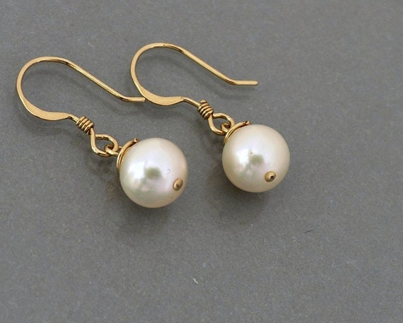 Pearl Earrings, gold filled ear wire, ivory white  pearl drop dangle, everyday jewelry, bridesmaid wedding holidays gift, by balance9