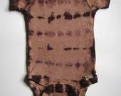 Tie dyed baby onesie 0-3 months, brown/tan