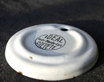 The Ideal enamel plate.