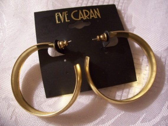 Yellow Satin Open Hoops Pierced Post Stud Earrings Gold Tone Vintage Wide Curved Matte Reflective Band