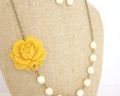Yellow Statement Necklace Yellow Jewelry Flower Necklace Mustard Yellow Bridesmaid Jewelry Bridesmaid Necklace Rustic Wedding Jewelry