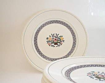 Vintage Wedgewood China Luncheon Plates / Salad Plates Art Deco Trentham Red EDME