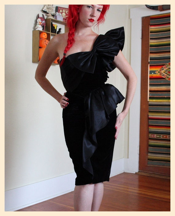 THE BEST 1980's does 1950's Velvet Hourglass One Shouldered Couture Cocktail Dress w/ Satin Ruffle Details & Huge Bow on Bust - Size S to M