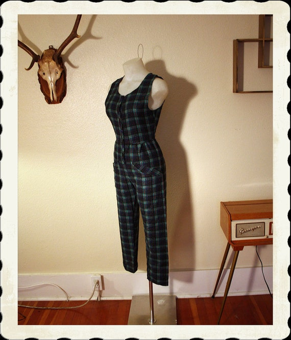CUTIE 1950's Rare Plaid Flannel One Piece Hourglass Cat Suit or Jump Suit Romper - Button Up Front - Stand Out Hip Pockets - VLV - Size S M