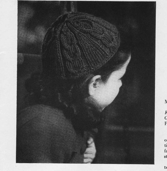 1946 Vintage Cable Knit Childrens Beanie Cap Hat