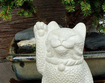 Maneki Neko Lucky Cat Long Tail Sculpture by Tyber Katz