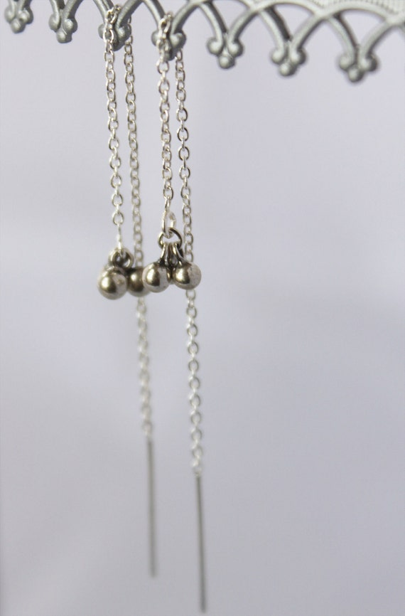 delicate threader earrings. tiny ball clusters. fine chain. solid sterling silver • • katia chain earring