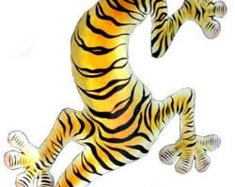 Metal Gecko Wall Art, Gecko w/ Tiger Coloring, Painted Metal Gecko, Wall Art, Tropical Wall Hanging - Garden Art, Metal Art Design -  K-1053
