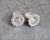 0 Gauge Silver Scalloped Tunnel Plugs- made to order