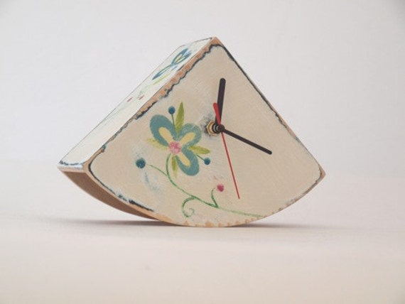 Mothers day - CLOCK buJACZEk foLK white
