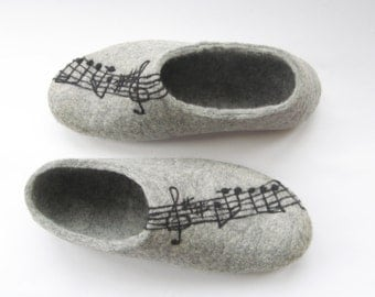 Personalized Notes Wool Slippers For Her Birthday, Wool Gifts For Men, Felt Slippers Gray, Felt Shoes Music Lover Gift, Winter Wedding Shoes