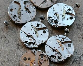 Vintage watch movements -- set of 6 -- D2
