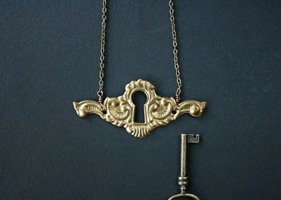 keyhole necklace. LAST ONE. vintage ornate escutcheon necklace. by baltica