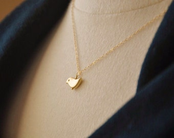 Tiny Bird Necklace/ Gold Bird Necklace/ Simple Gold Necklace/ Minimalist Necklace/Tiny Charm Necklace/Layering Necklace