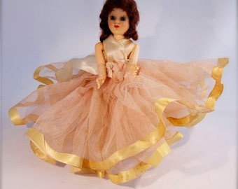 Vintage // Plastic Doll // Pretty In Pink Tulle