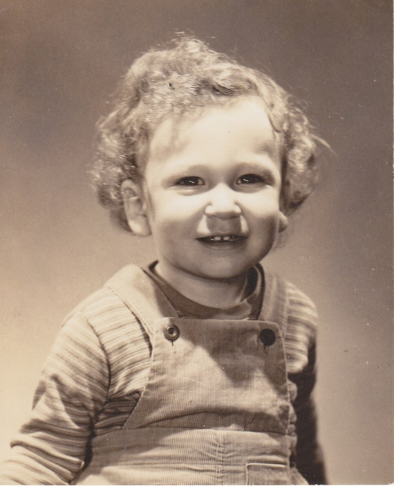 Instant Download, Vintage Photo, Black & White Photo, Smiling Boy With Beautiful Blond Hair, Toddler, Vernacular Photo, Printable