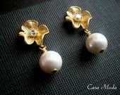 Pearl Earrings With Matte Gold Flower And White South Sea Pearls