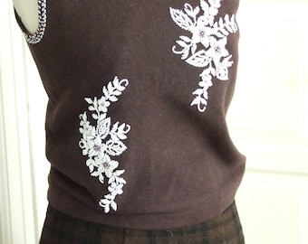 50s Beaded Brown Sleeveless Sweater Top with White Floral Beading, Size Small, FREE for Fall, All Sweaters Ship Free
