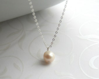 Freshwater pearl and silver necklace - CLASSIC PEARL