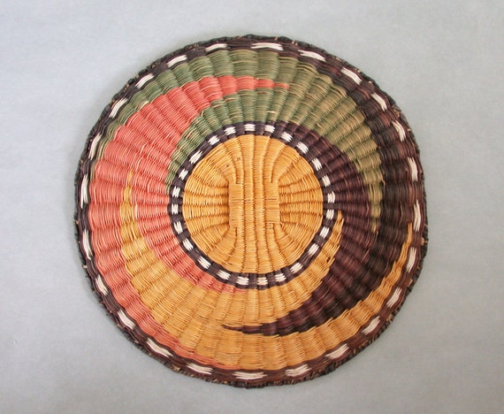 Old Hopi Wicker Basket Tray 13 Inch Whirling Earth Tones
