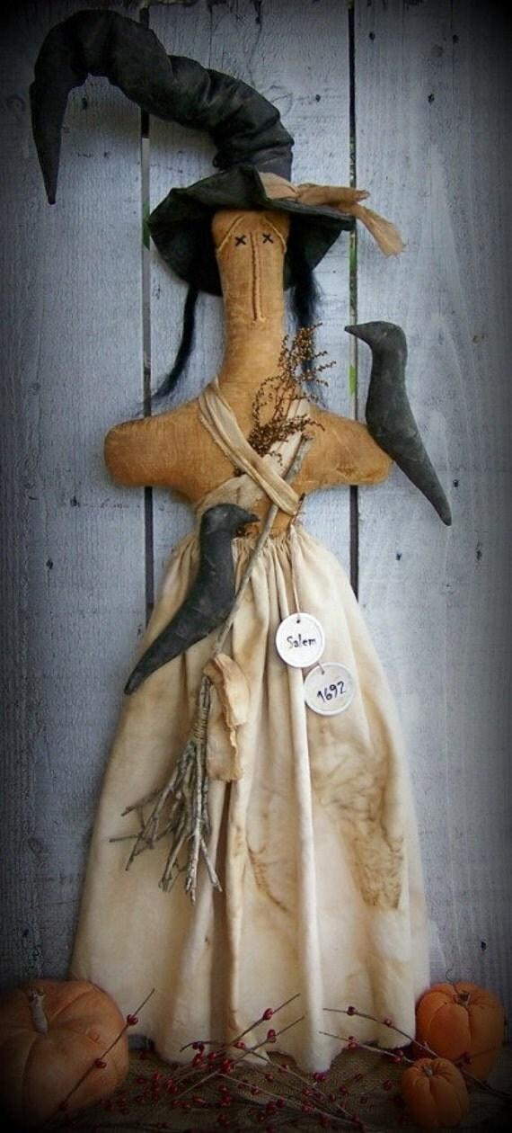 40% OFF, PRIMITIVE Witch Stump Doll, Halloween Decor, On SALE!