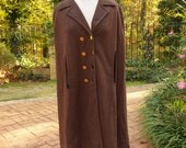 Cape Norman Wiatt Knits Double-breasted Brown 60's/70's Cape with Brass Buttons