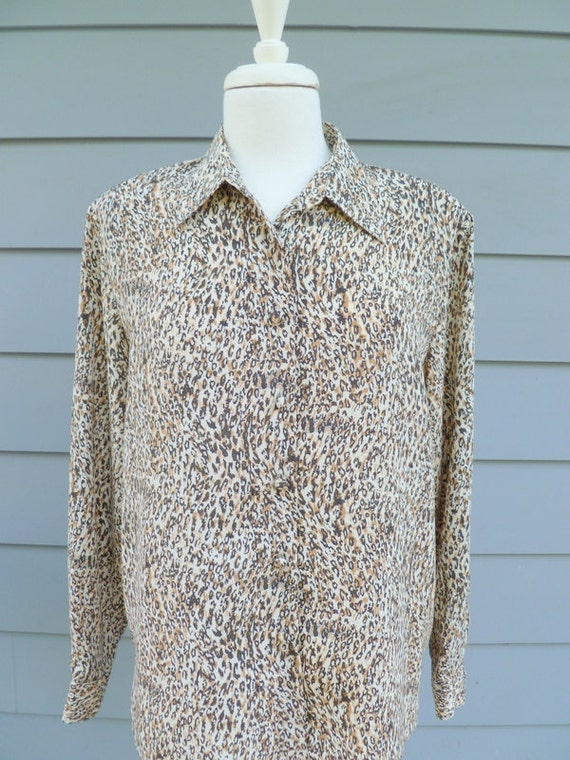 Vintage cheetah print long sleeve blouse